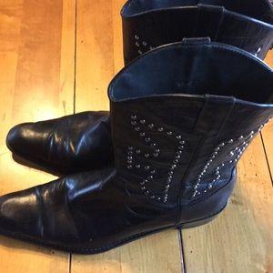 Stuart weitzman mid-calf black leather boots